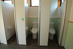 梨狩りのお客様用のお手洗い(トイレ) 女性用